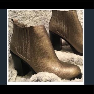 Metallic Gold Thick Heeled Zip Side Ankle Boots